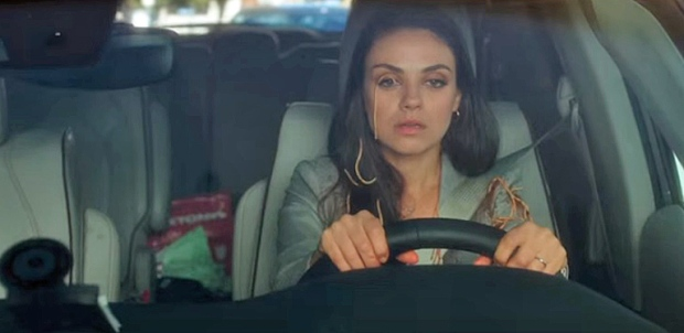 bad-moms-pacifica-mila-kunis
